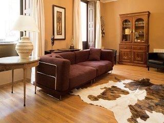 Mesonero Suite apartment in Gran Via {#has_luxuri…