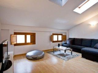 Linterna Loft apartment in El Carmen {#has_luxuri…, Valencia