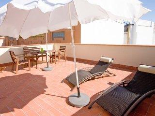 San Esteban III apartment in Santa Cruz – Catedra…