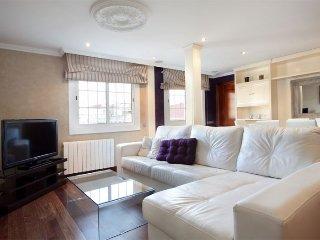 El Gran Villorca apartment in Eixample Esquerra {…