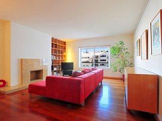 Nacoes Niche apartment in Parque das Nacoes {#has…