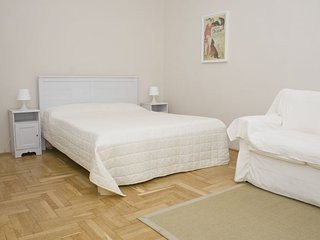 Veres Pálné apartment in V Belváros {#has_luxurio…