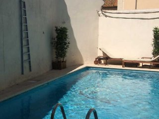 Canal du Midi luxury gites in France with pools sleeps 4, Poilhes