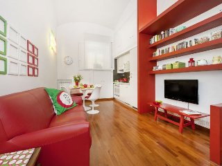 Campani Red apartment in Porta Maggiore {#has_lux…