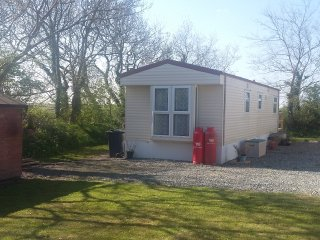 'Moo Meadow' 4 berth Static Caravan. Mountain Farm, Broad Haven, Pembrokeshire