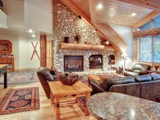 Black Bear Lodge - 3 Bed DLX - 306