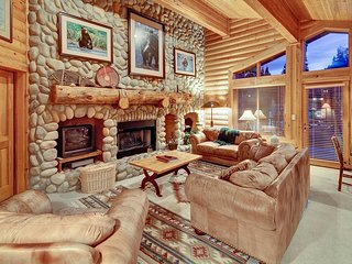 Black Bear Lodge-2 Bed - 404A