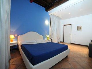Cavour III apartment in Termini Stazione {#has_lu…