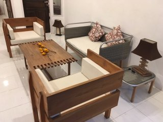 Cute Cottage near Seminyak and Beaches!, Kerobokan