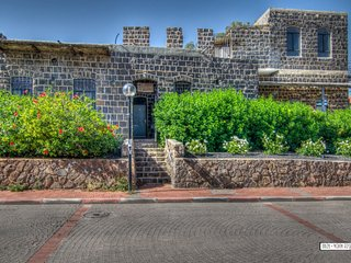 Amazing house *Best location *Private parking