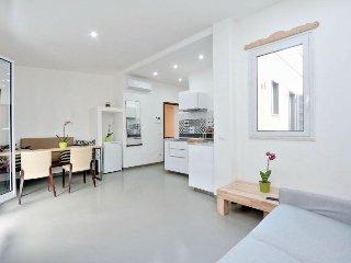 Urbano 8 apartment in Valle Aurelia {#has_luxurio…