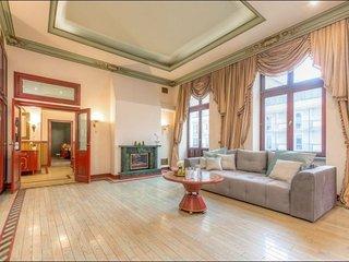 Warecka apartment in Stare Miasto {#has_luxurious…