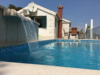 Beautiful villa in Brac with two pools