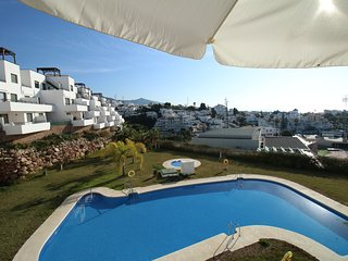 Andaluz Apartments - MDN01 - air con - pool - Wifi - parking - terrace - 2 beds