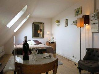 Studio Sebastopol Marais apartment in 02eme - La …