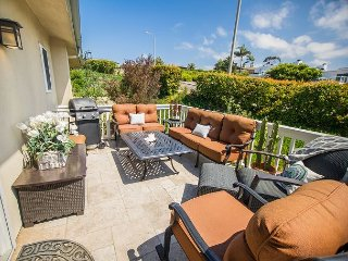 2BR Spacious Condo, Ocean Views, Near Del Mar Racetrack and Beaches