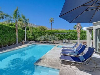 Modern Mountain-View Hideaway in Palm Springs with Pool & Spa – Sleeps 6
