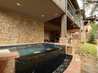 3BR Luxury Villa Reserve at Lake Travis, Sleeps 10, Spicewood