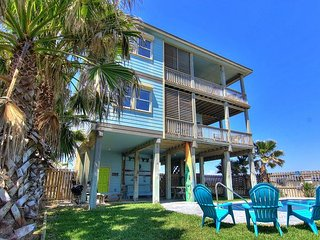 Walk to the Beach from this Sunny 2BR Port A Duplex!