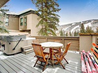 Mountain-View Alpine Retreat – Near Skiing, Access to Pool