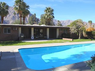 L'Oasis: 3BR, 2BA de Anza Golf Course Home Edged by Desert w/ Private Pool, Borrego Springs
