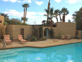2BR, 2.5BA de Anza Country Club Home with Private Pool and Desert Views