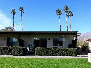 Club Circle Comfort Condo w/ Patio: 2BR, 2BA, Access to Pool & Spa