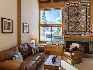 Mountain Views at 3BR, 2BA Northstar Home – Easy Access to Slopes & Amenities