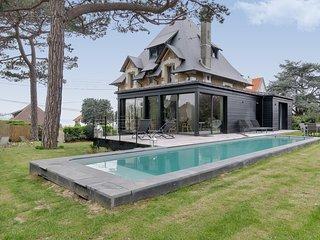 Belle et grande villa normande à Trouville