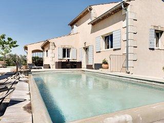 Spacieuse Villa provençale près de Cavaillon, en L