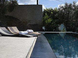 "Villa d""architecte avec piscines a Ericeira"
