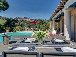 Villa de charme avec piscine sur la Côte-d'Azur