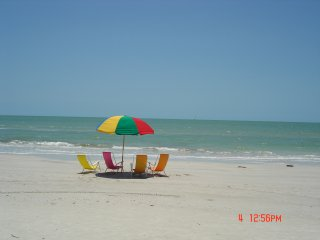 Seaside Penthouse gulf front condo 2BR,2BA,smack on the beach,facing beach,WOW, Fort Myers Beach