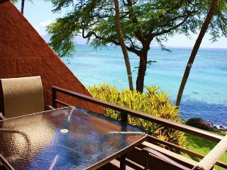 $125 August - Pre Christmas Special! Oceanfront Secluded Beach Kuleana 713, Lahaina