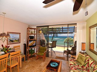 Epic Kuleana 713 - Oceanfront 1 BDR Condo with Secluded Beach