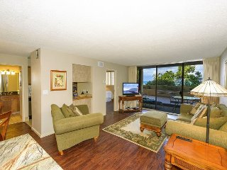 Epic Royal Kahana 107 - OCEANFRONT 1 BDR Condo