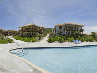 *NEW* 3-bdr OCEAN VIEW VILLA, next to the Pool at BLUE BAY GOLF & BEACH RESORT