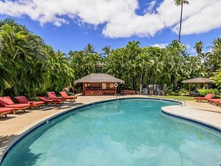 Gorgeous Aina Nulu condo in the heart of Lahaina!