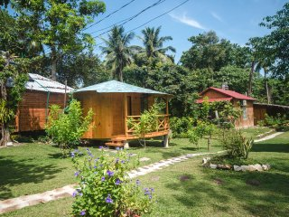 Phu Quoc Sen Lodge Homestay Village