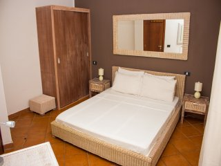 Beachfront 2 Bedroom Apartment, Porto Antigo 2,