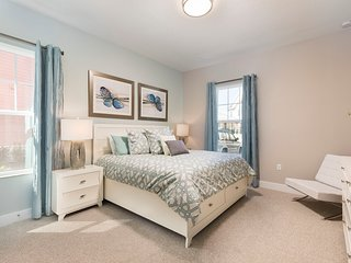 Summerville Resort - 5 Bed/6 Bath Townhome (SMV107)
