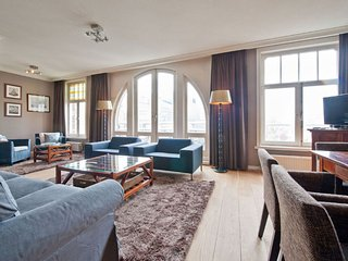 Spacious Leidseplein Presidential Suite apartment in Leidseplein with WiFi