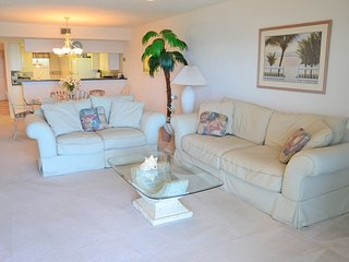 1602GC - Oceanfront 2 Bedroom / 2 Bath Condo With Beautiful Atlantic Ocean Views