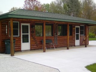 The Wren Cabin at the South Shore Resort in Twin Lake, Michigan
