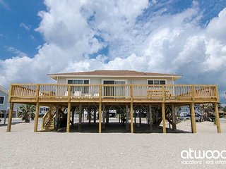 Corrigan - Perfectly Sized Beach Front Home