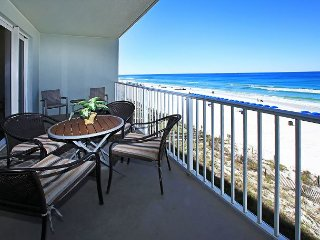 OPEN 7/22-29 ONLY $2618 TOTAL! 3RD FLOOR BEACHFRONT FOR 6! GREAT VIEWS!