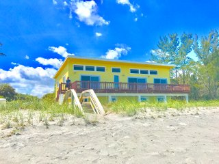 4 BR Jupiter Island Private Ocean Front House