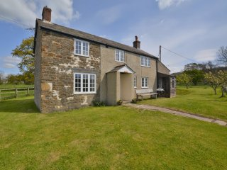 50290 Cottage in Sherborne, Batcombe