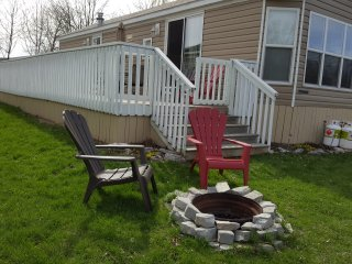Waterfront 2 Bedroom Cottage, Campbellford