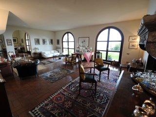 'Il Casale' elegante villa con piscina e fantastica vista mare